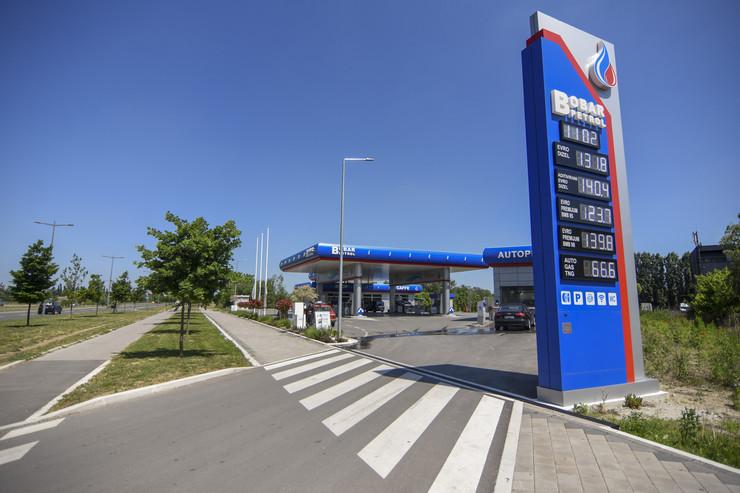 Novi Sad Bobar petrol benzinska pumpa  foto Nenad Mihajlovic -8