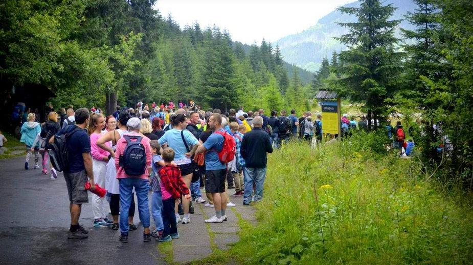 Kolejka na Włosienicy w Tatrach