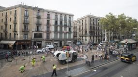 Turyści wracają do Barcelony po zamachach terrorystycznych