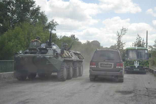 Ukraińskie wojska w Ługańsku. Fot. EPA/IVAN BOBERSKYY