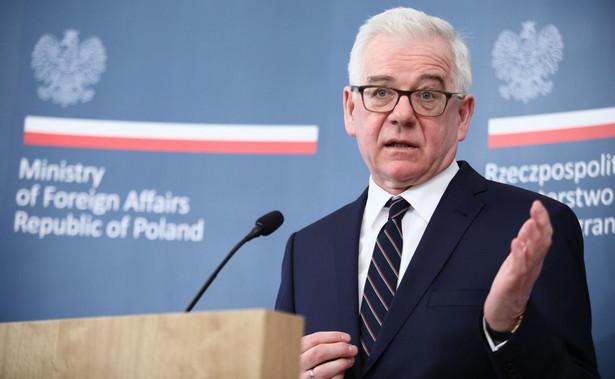 """Jak dodano w komunikacie biura prasowego MSZ, Czaputowicz podkreślił też, że Polska oczekuje """"zapewnienia swobodnego dostępu do miejsca katastrofy i wznowienia współpracy przy budowie pomnika ofiar"""""""
