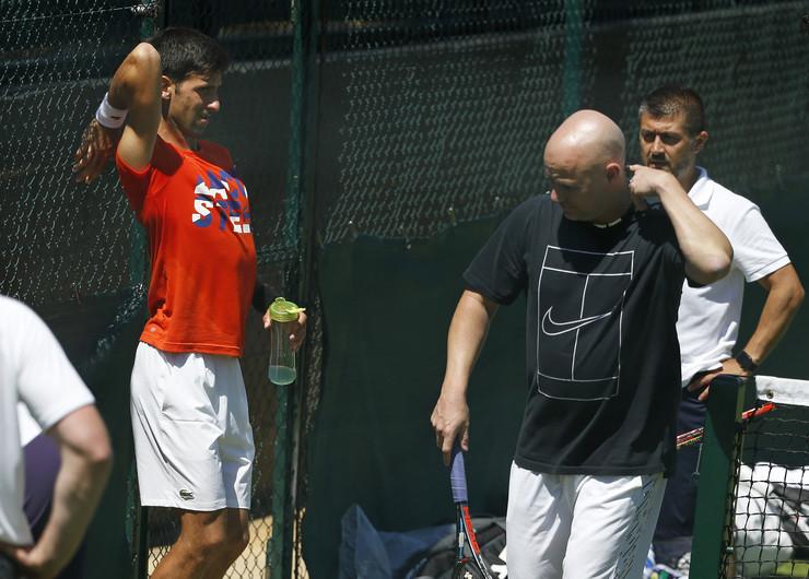 Novak Đoković, Andre Agasi