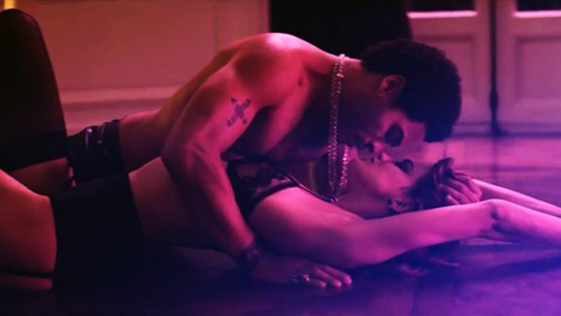 Za kamerą wideo stanął Anthony Mandler, reżyser klipów dla takich artystów jak Rihanna, Lana Del Rey, Snoop Dog czy Eminem