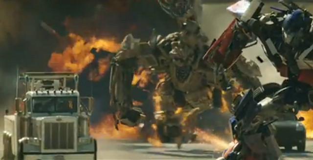 """""""Transformesi"""" u toku borbe na ekranu izgledaju ovako, dok..."""