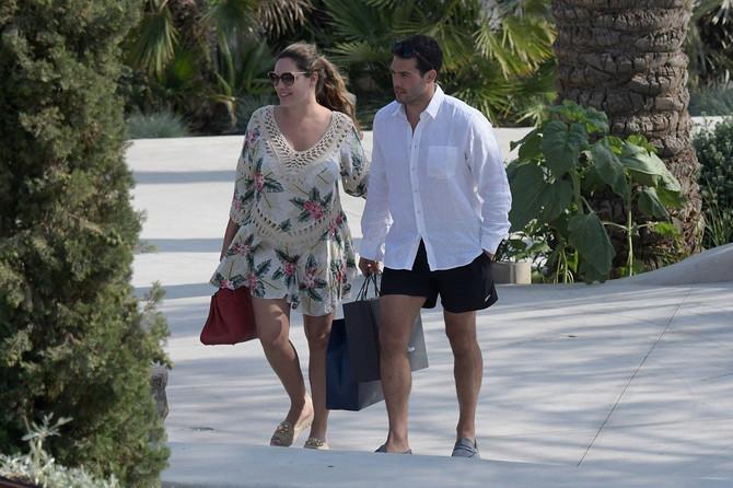 Poznati par uživa u Grčkoj