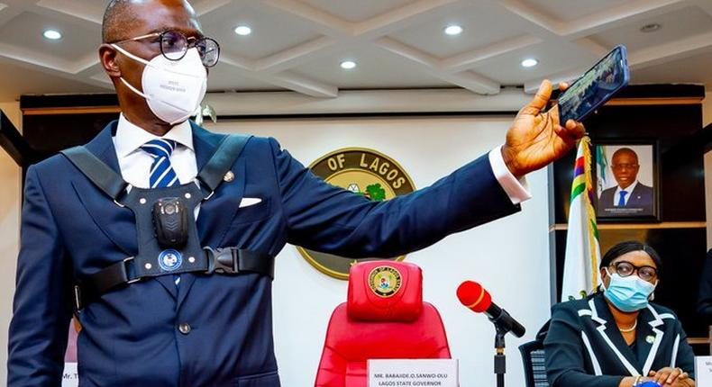 Lagos Governor Babajide Sanwo-Olu test-runs body cameras on March 31, 2021 (Twitter: Mr_JAGs)