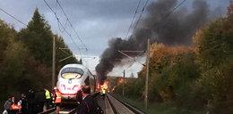 Koszmar w Niemczech! 500 pasażerów uciekało z płonącego pociągu