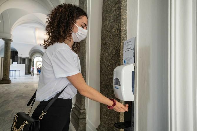 Sličnosti i razlike između gripa i korone ispituju se od početka aktuelne pandemije
