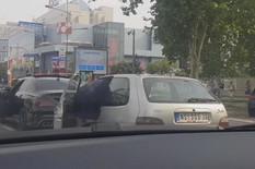 PREPREČIO MU PUT I UŠAO U AUTOMOBIL Policija videla ovaj snimak sa novosadskog bulevara i odmah ZAPOČELA ISTRAGU O NASILNIKU (VIDEO)