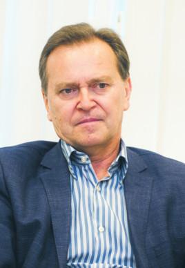 Prof. Andrzej Kidyba kierownik Katedry Prawa Gospodarczego i Handlowego na Wydziale Prawa i Administracji UMCS w Lublinie