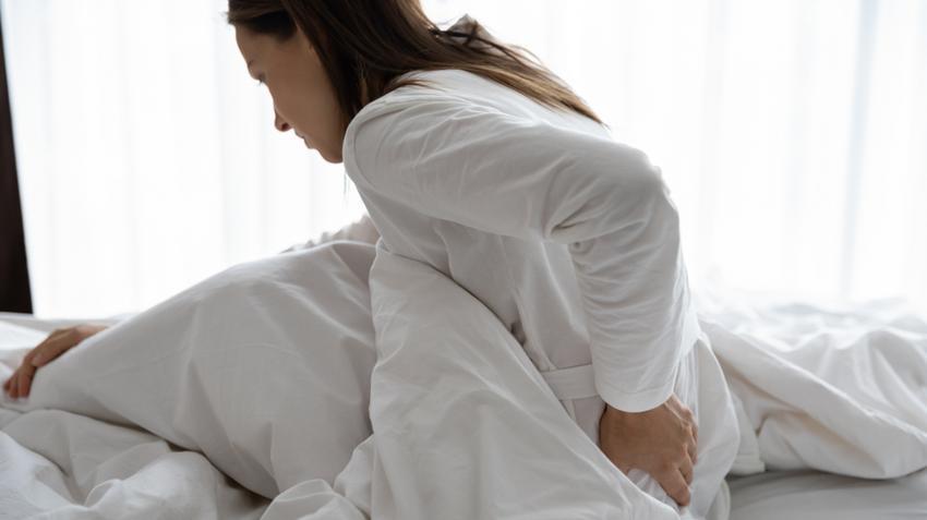 az alsó hátfájás csípőt ad