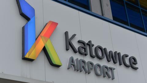 Pracownicy Poczty Polskiej przez cztery lata będą kontrolować pasażerów lotniska w Katowicach-Pyrzowicach