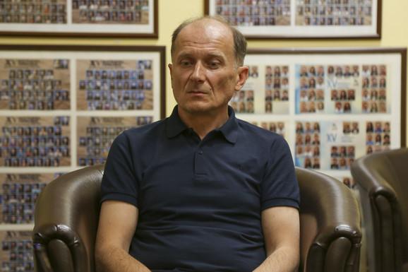 Odeljenski starešina Petar Ćosić