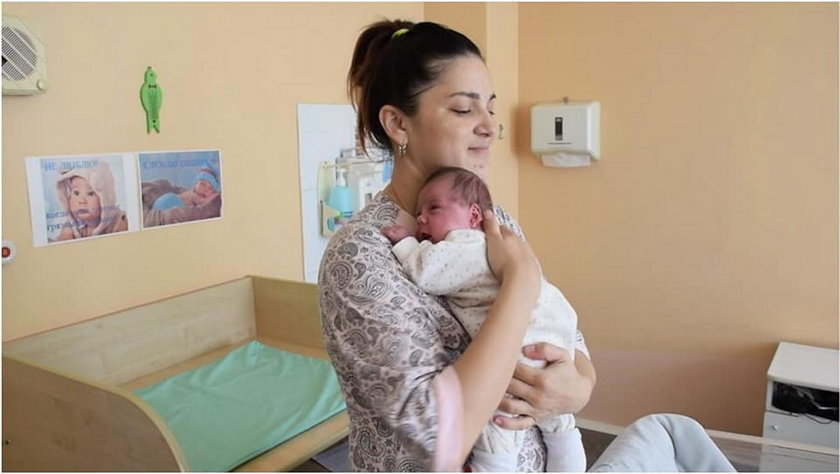 Kazachstan: bliźniaki urodzone w dwumiesięcznym odstępie czasu