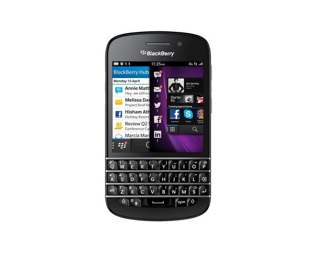 BlackBerry Q10 Procesor: dwurdzeniowy Snapdragon S4+ 1,5GHz Ekran: SuperAMOLED, 720×720, dotykowy, pojemnościowy, przekątna 3,1″ Aparat: tylny 8MPX z AF, diodą LED, rejestracją wideo 1080p, przedni 2 MPX, 720p Pamięć: 2GB RAM, 16GB wbudowanej pamięci, gniazdo na karty microSD 64 GB WiFi: 802.11 a/b/g/n, dwuzakresowe – 2,4/5GHz Bateria: 2100 mAh Łączność: NFC, microUSB, microHDMI, Bluetooth 4.0, 4G LTE, GPS Wymiary: 119,6 x 66,8 x 10,3 mm