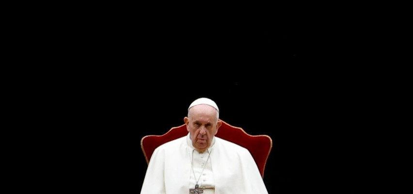 Papież powołał komisję, która zbada sprawę kard. Dziwisza
