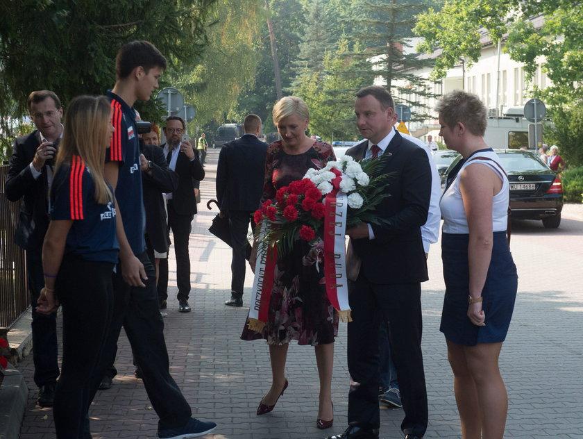Para prezydencka złożyła w Spale hołd tragicznie zmarłej mistrzyni