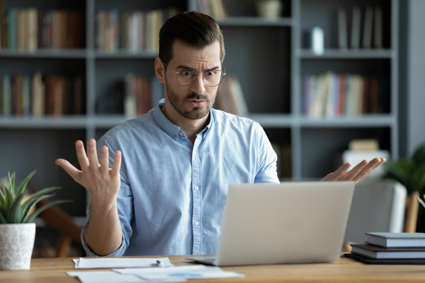 Zdaniem ekspertki szefowie, którzy myśleli, że pracownicy na zdalnym będą przez osiem godzin tkwić przy komputerze, srodze się zawiedli.