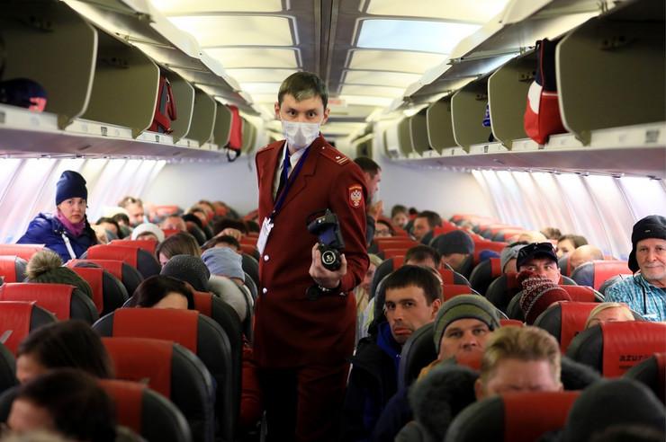 koronavirus rusija avion