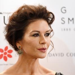 Catherine Zeta-Jones: co się stało z jej twarzą?