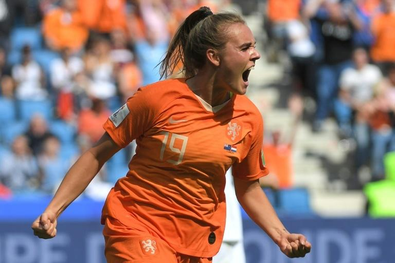 Jill Roord struck at the death to give European champions the Netherlands the victory against New Zealand