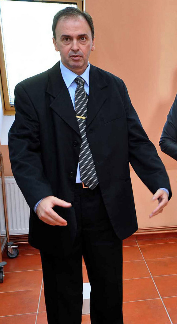 Dekan iznenada podneo ostavku: Predrag Čanović