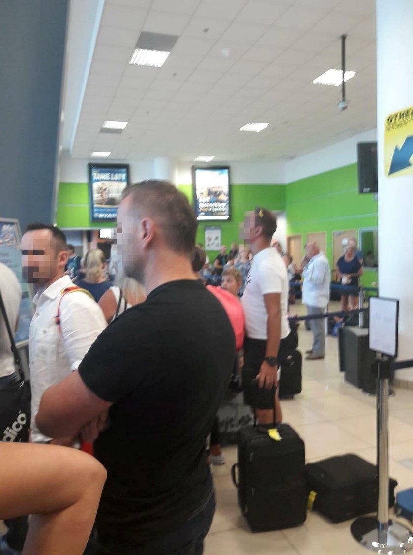 Łodź, ryanair, lotnisko, opóźnienie