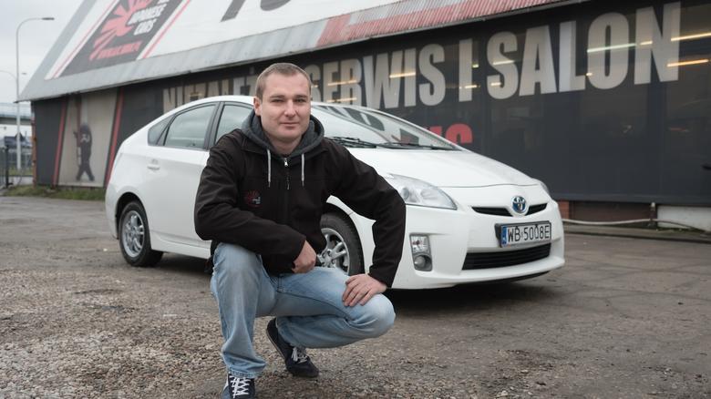 """W firmie Rafała """"pracuje"""" kilka Priusów III."""