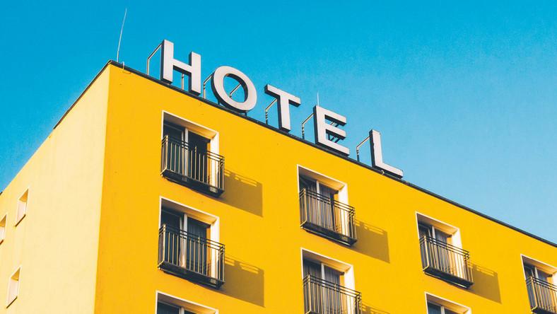 Zaoferowanie fizjoterapii pozwala utrzymać hotelom ciągłość działania