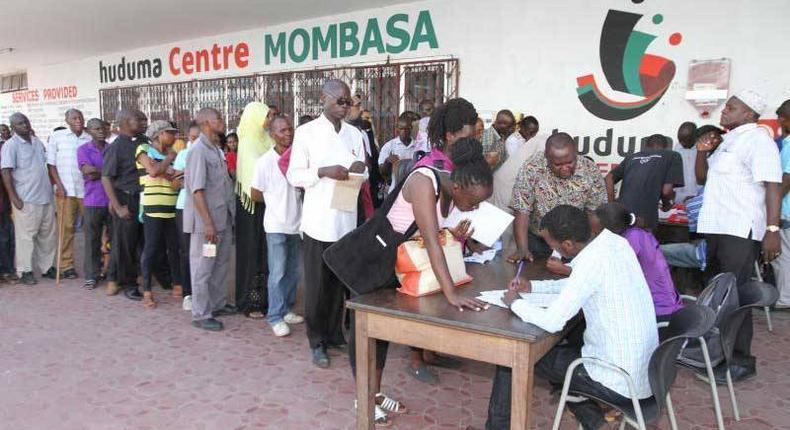 Kenyans registering for Huduma Namba