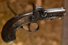 402927_linkoln-pistolj-foto-reuters