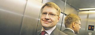 Prezes Axa TFI Maciej Bombol: Doradca nr 3 wraca do gry