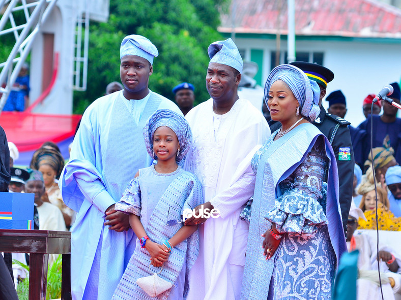Deputy Governor Obafemi Hamzat poses with his family on inauguration day (Pulse)