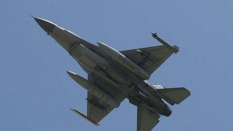 Z tych baz wojskowych zaatakują libijskiego dyktatora