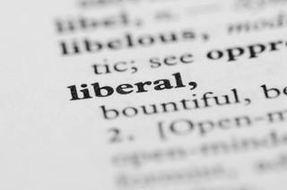Odpowiedzią na opresyjny liberalizm jest przyzwolenie na zapędy autorytarne [WYWIAD]