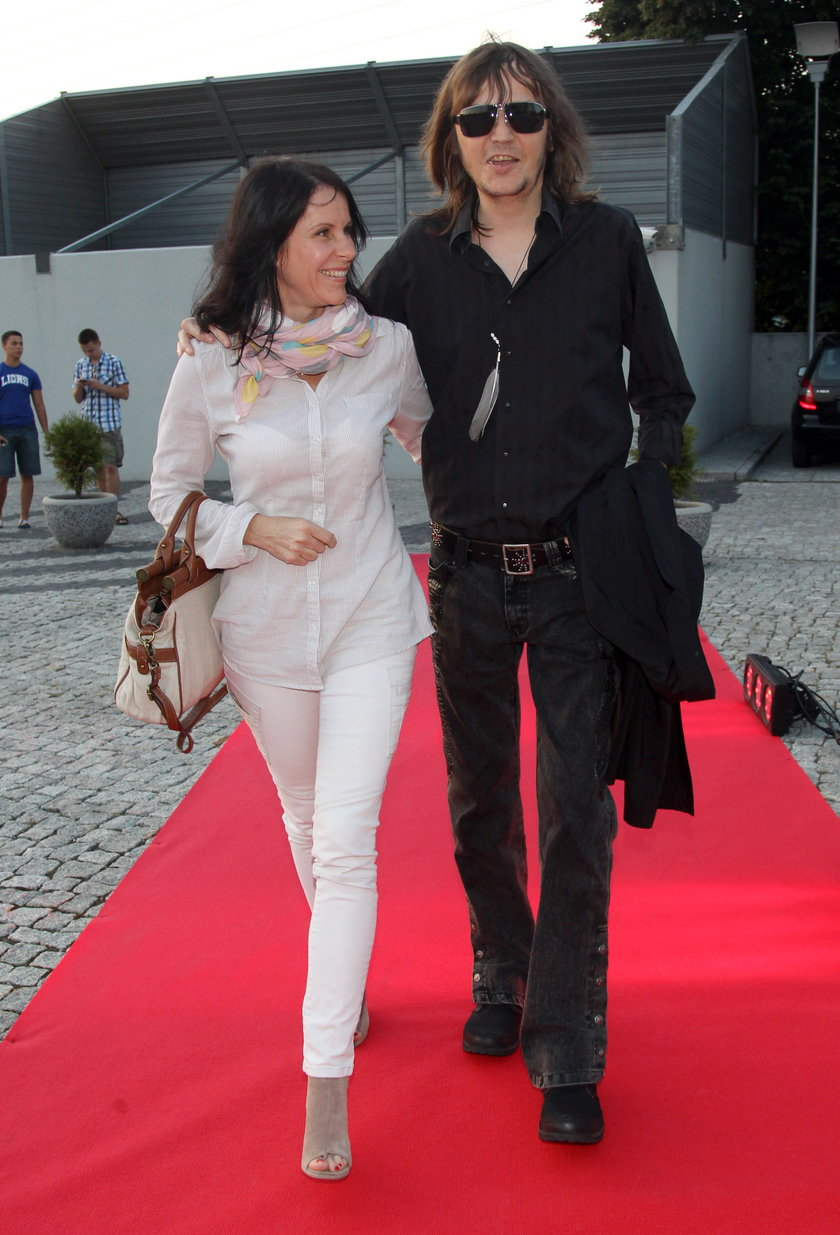 Robert Gawliński z żoną Moniką w sierpniu 2012 roku