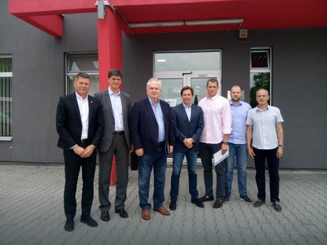 Delegacija OKS-a u poseti Atletskoj dvorani