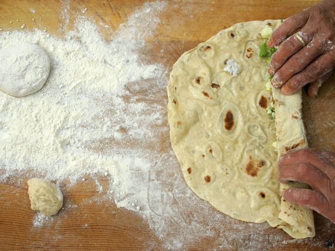 Da li ste probali TURSKE PALAČINKE - KATME? Kažu da se same TOPE u USTIMA, a kad pročitate recept poželećete ODMAH da ih napravite!
