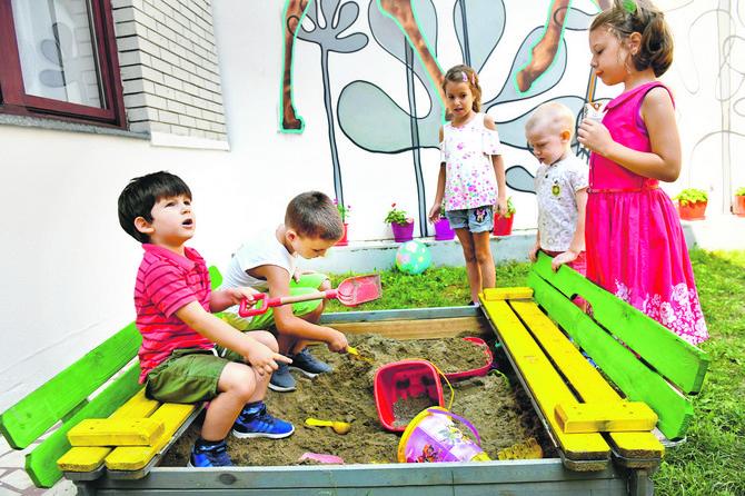 Važno je da vrtić ima dvorište u kojem deca mogu da provedu deo dana