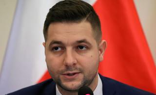 Sąd umorzył postępowanie w sprawie o nękanie wiceministra Jakiego