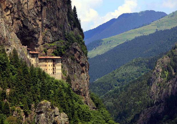 Klasztor Sumela. Najpiękniejsze miejsca Turcji
