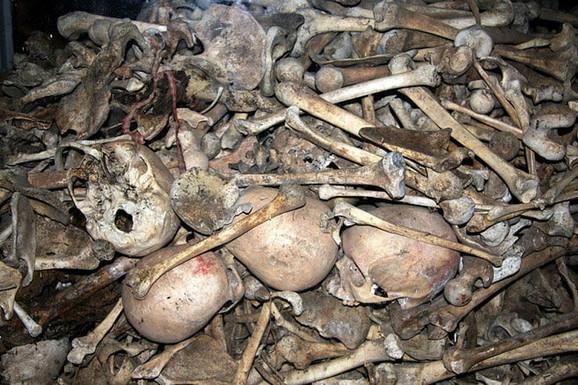 Ovo su ostaci 9.000 ubijenih ljudi