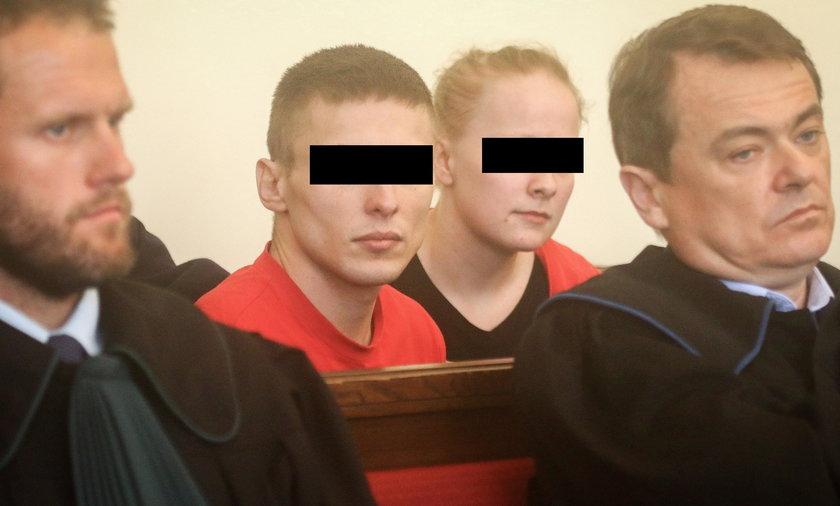 Bili i gwałcili 18-latka - ruszył proces oprawców