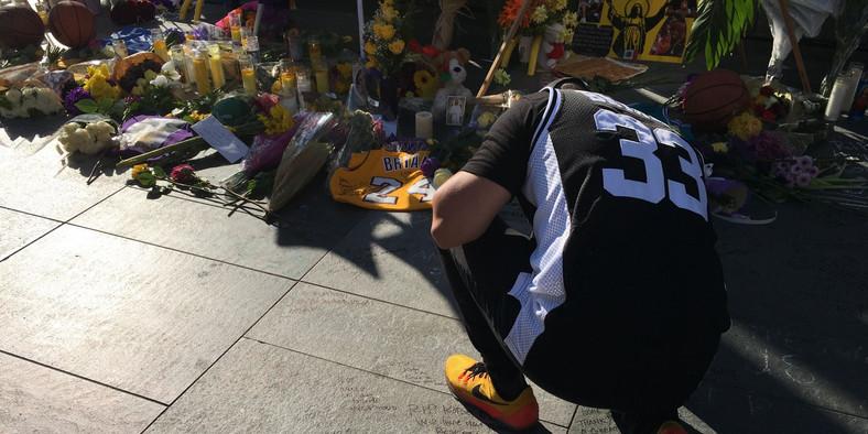 Kobe Bryant Staples Center vigil 6