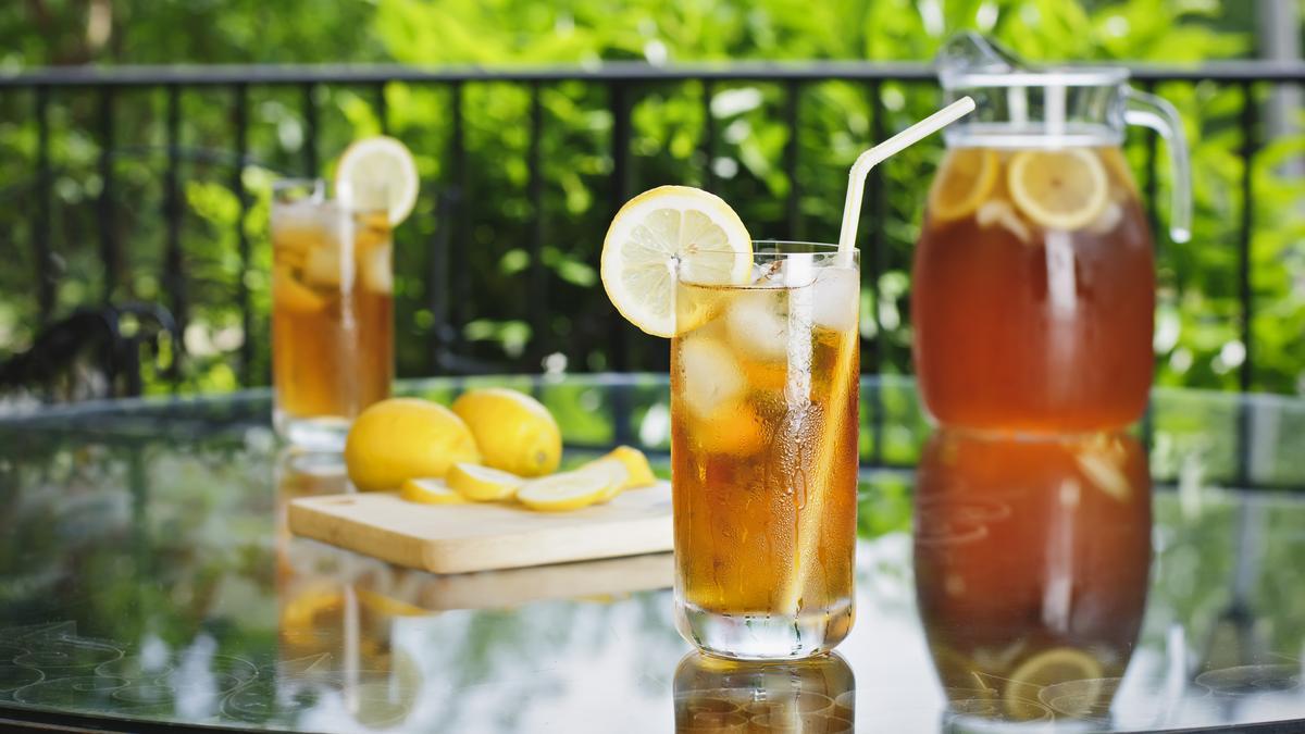 Figyelem! Így készíthetünk tökéletes jeges teát házilag