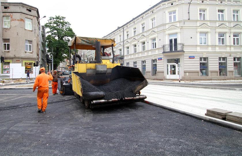 Rozkopali chodnik na ulicy Kopernika
