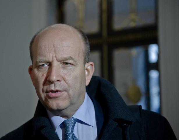 """Zdaniem ministra zdrowia każdy lek, który """"przeszedł odpowiednią procedurę sprawdzenia i nie ma wątpliwości co do jego skuteczności i bezpieczeństwa, może być produkowany"""", także w Polsce"""