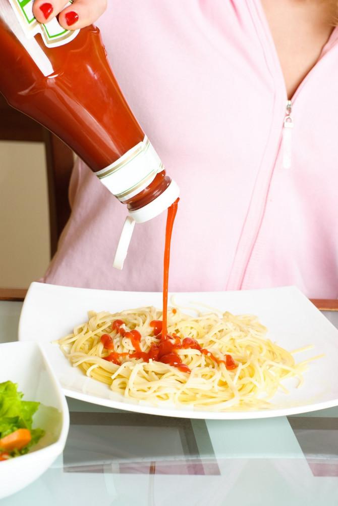 Nije strašan problem ako kečap nakon jela zaboravite na stolu
