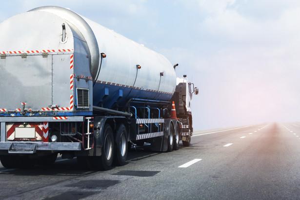 Ciężarówka. Transport gazu