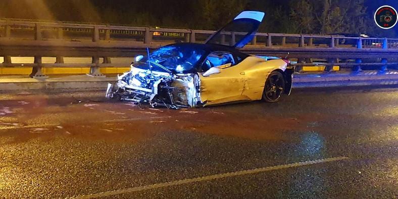 Ferrari 458 Italia rozbite na moście Siekierkowskim w Warszawie
